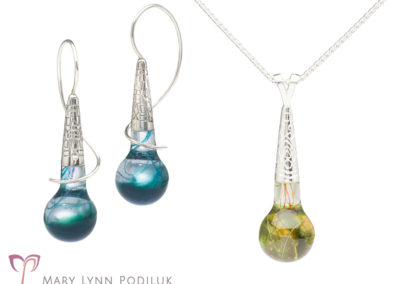 Tone Earrings and Pendant