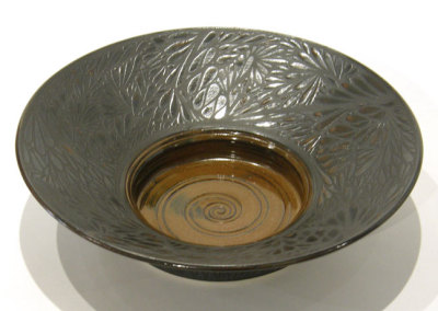 Deb Vereschagin, Dew Drop Bowl: Clay, glaze, slip, wax; wheel thrown. 2013, $350.