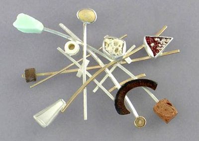Memento Brooch 2, 2007 - Vivenne Jones
