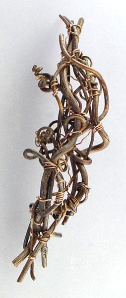 Memento Brooch 3, 2007 - Vivienne Jones