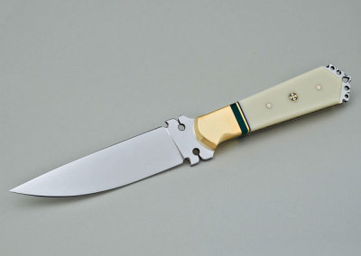 Gary Greer: The Duke of Earl, 2013. Fancy knife (stainless steel, Corian, stabilized malachite, brass), $1,200.
