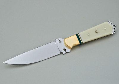 Gary Greer: The Duke of Earl, 2013. Fancy knife (stainless steel, Corian, stabilized malachite, brass), $1,200.