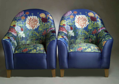 Dahlias Chair