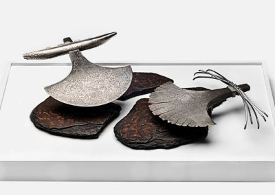 Chantal Gilbert, The Ritual: Damascus steel, sterling silver, river stones. 46x31x9cm, 2012.