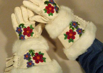 Caribou Gauntlet Gloves - Lena Adam