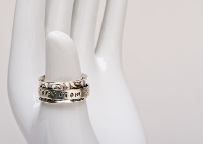 Ring by Laura Steadman. Photography by Gary Robins.