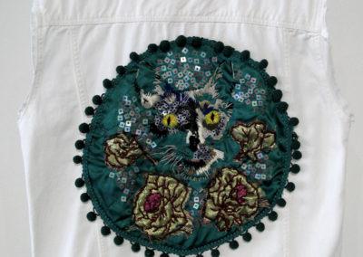 Individuation: Gaze of Bastet (Elizabeth Munro), 2015: Fibre, sequins, and beads; embroidery, beading. NFS