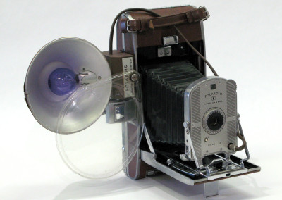 Polaroid Model 95 (first instant camera) with filters c. 1948-1953