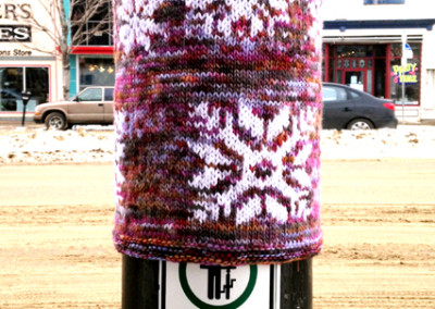 Snow (Jen Shelly-Keturakis), 2014: Hand dyed wool, acrylic yarn; knit. NFS [yarm bombing]