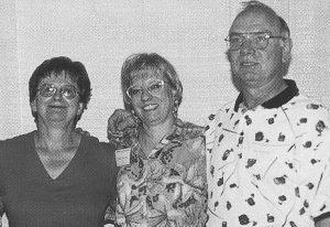Jenny Hambridge with Rusty & Ron Kurenda.