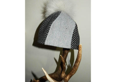 Bobble Hat Gray Coyote