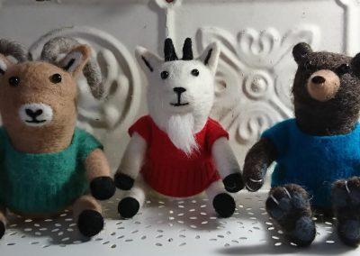 sweater_animals
